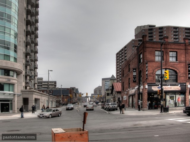 Waller Street at Rideau Street looking south with the Claridge Plaza