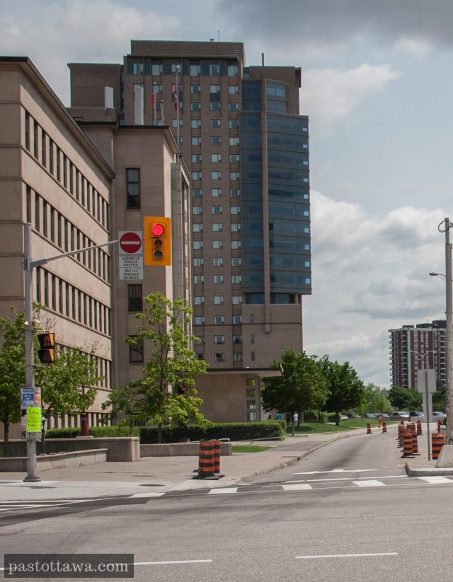 Waller street and Laurier Street in 2013 in Ottawa