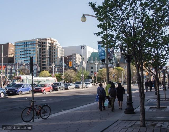 Urban boulevard with Wellington