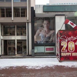 102 rue Sparks à Ottawa