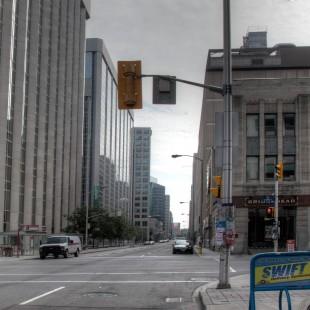 rue Albert à la hauteur de Bank à Ottawa en 2013