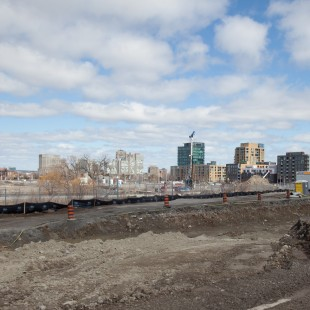 Emptyness at Lebreton Flats.