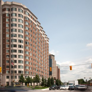 Ottawa Apartments on Laurier in 2013