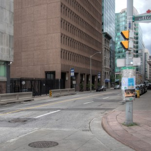 Queen Street at the intersection of Elgin Street